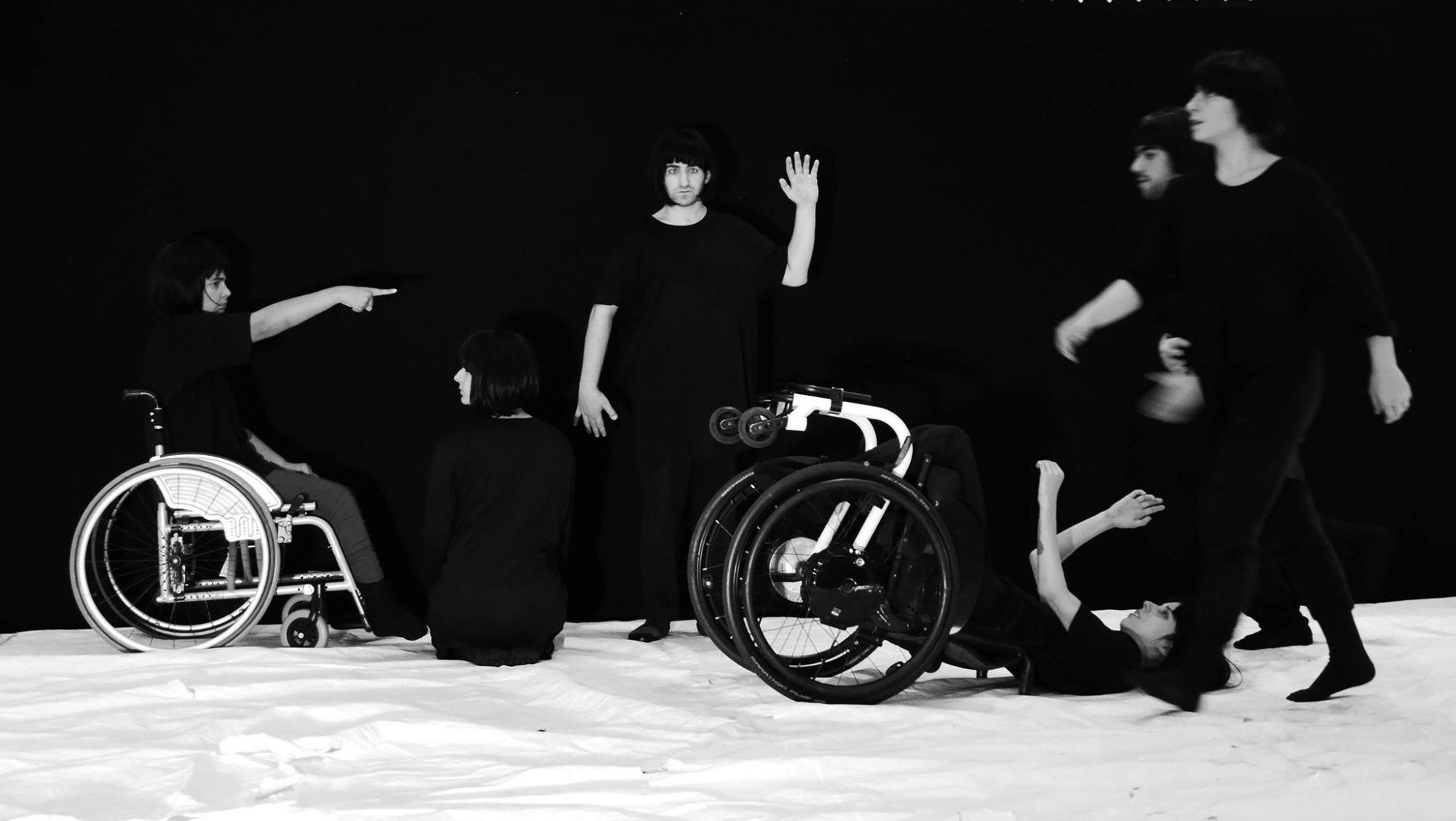 No Silêncio da Primeira Onda, de Rafael Alvarez e Plural Companhia de Dança ©Elisabeth Vieira Alvarez